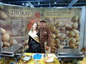 Kartoffelprinzessin Manuela I mit Kartoffelboss Wolfgang